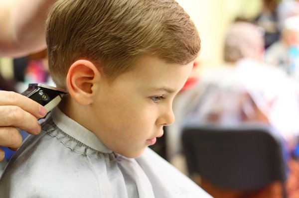 cukur rambut anak